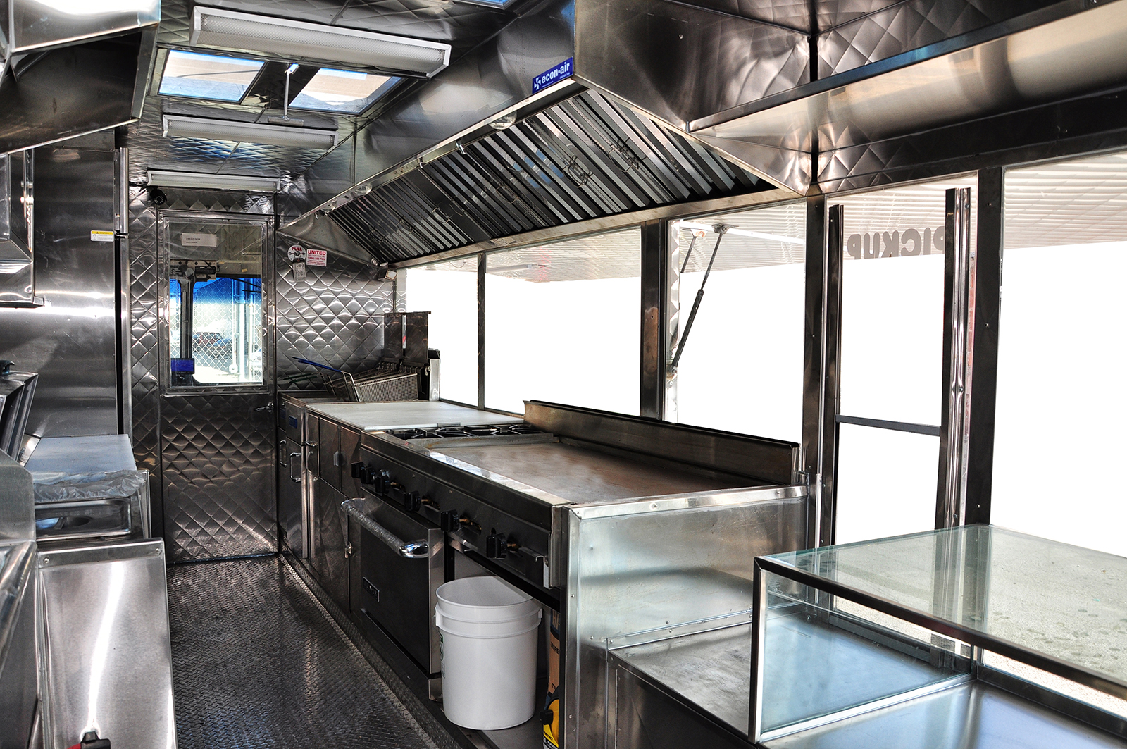 View of the service area | Kareem Carts Commissary ...